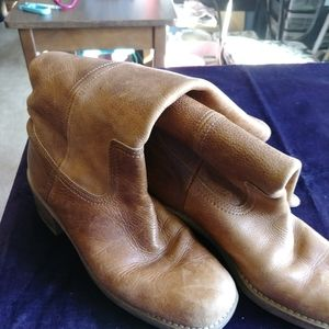 Shoes - Soft leather but thick like frye boot